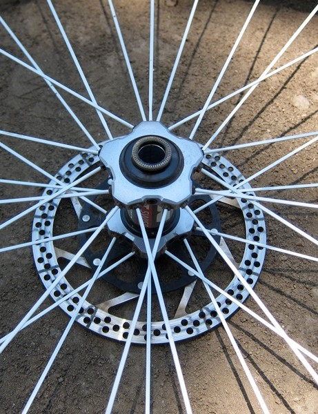 The open crow foot pattern on the front wheel
