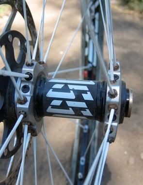 DT's three-piece Tricon front hub