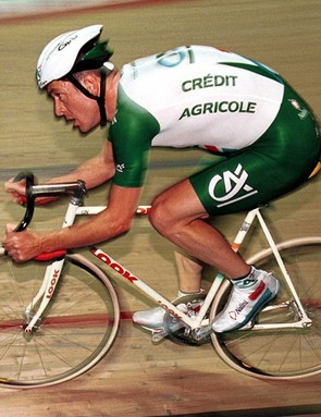 Chris Boardman during his successful athlete's hour record attempt in 2000. You can even get aero riding old school.