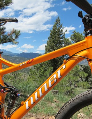 The dropped top tube provides a good amount of standover clearance.  Careful when sizing this bike, though, as top tube lengths are usually long for the stated size