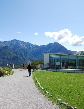 While the museum itself offers plenty of eye candy, it really begins with some stunning views