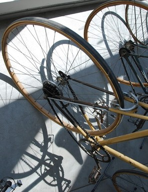A close up of early shifting systems of pre-World War II bicycles