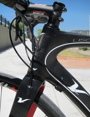 Volagi use a mix of internal and external routing on the Liscio frame