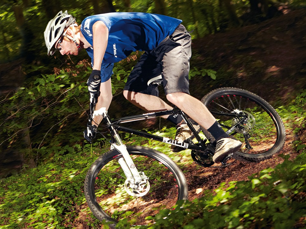 The added liveliness of the steel chassis should be enough to propel the Kili Cromo 1 onto your trail hardtail shortlist