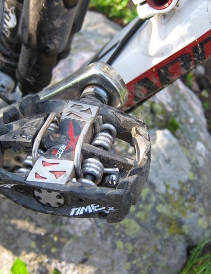 The X ROC S is meant to complement the 150mm bike category