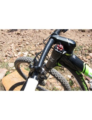 The Lefty XLR comes with a Solo Air spring and hydraulic lockout by RockShox