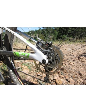 The Scalpel 29er comes with a Syntace X-12 142mm rear axle, which requires a 5mm Allen key to remove
