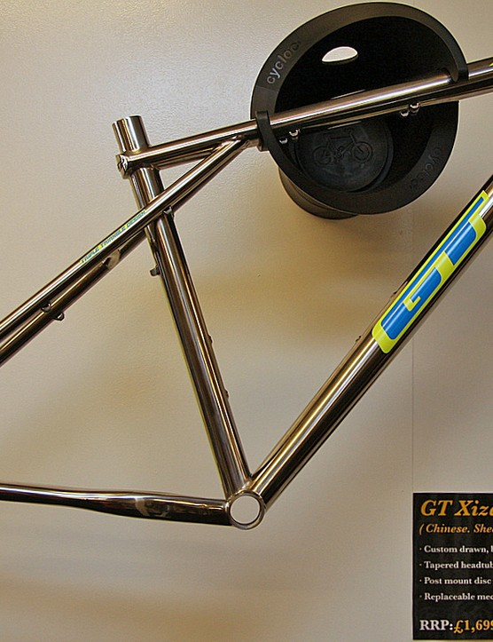 GT Xizang 9'r frame is being reintroduced with updates for 2012 following a significant absence