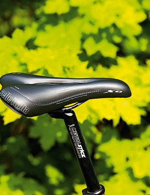 armchair comfort, but the flow x0 isn't the lightest of saddles