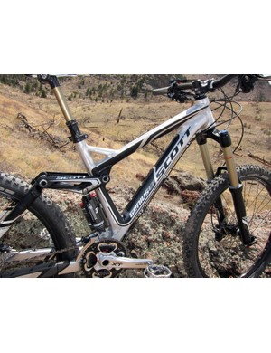 The enormous Genius LT Alloy frame feels stout and burly on the trail with nary a hint of wiggle even when pushed hard