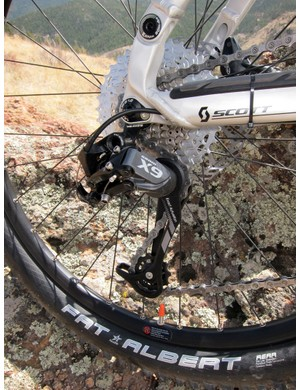 The SRAM X9 rear derailleur is a good high-value spec for the Scott Genius LT 30