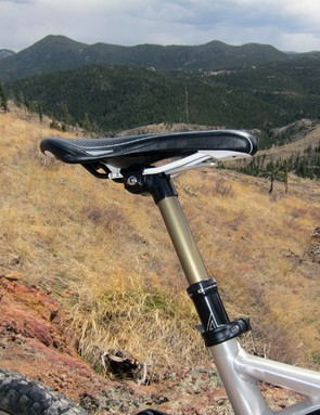 The Crankbrothers Joplin 4 dropper seatpost is standard equipment on the Scott Genius LT 30.  While we relished its convenience for technical downhills, we quickly bemoaned its less-than-stellar reliability