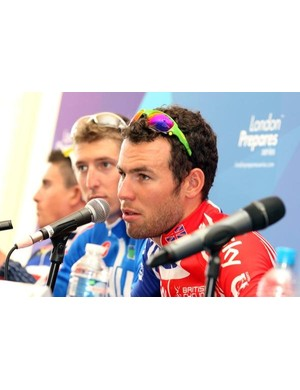 Mark Cavendish not happy about being asked about moving to Team Sky next year