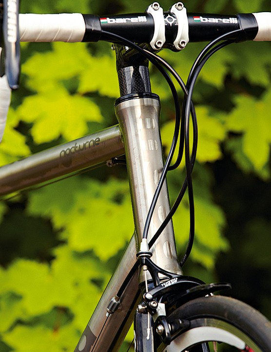 A tall head-tube makes the Moda ideal  for those who prefer an upright position