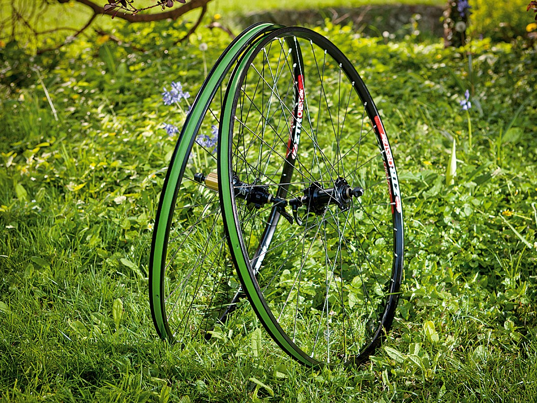 Hope Pro 2 Hubs / Stans ZTR Crest rims 29er wheelset
