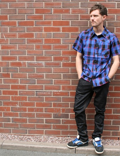 Sombrio do casual wear too, like this plaid shirt and skinny jeans