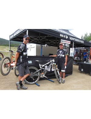 Mark Weir and Ben Cruz of Cannondale-Fox-WTB