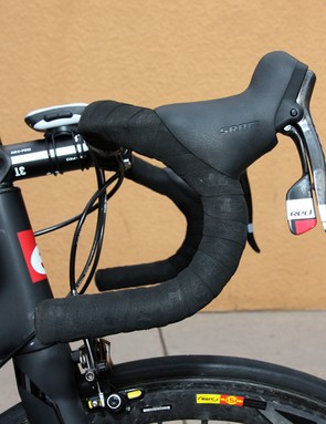 Tom Danielson (Garmin-Cervélo) prefers the traditional drop of 3T's Rotundo handlebar.