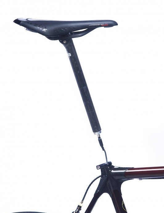 Calfee's seat post mounted battery
