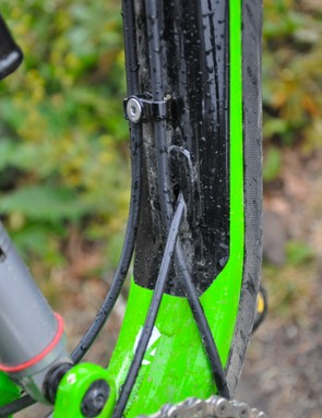 Trek's Slash features internal derailleur routing, external brake housing routing and a mix of the two for the Reverb Stealth post