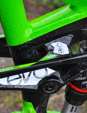 The 2012 Slash gets a one-piece EVO rocker like other Trek Full Floater suspension designs