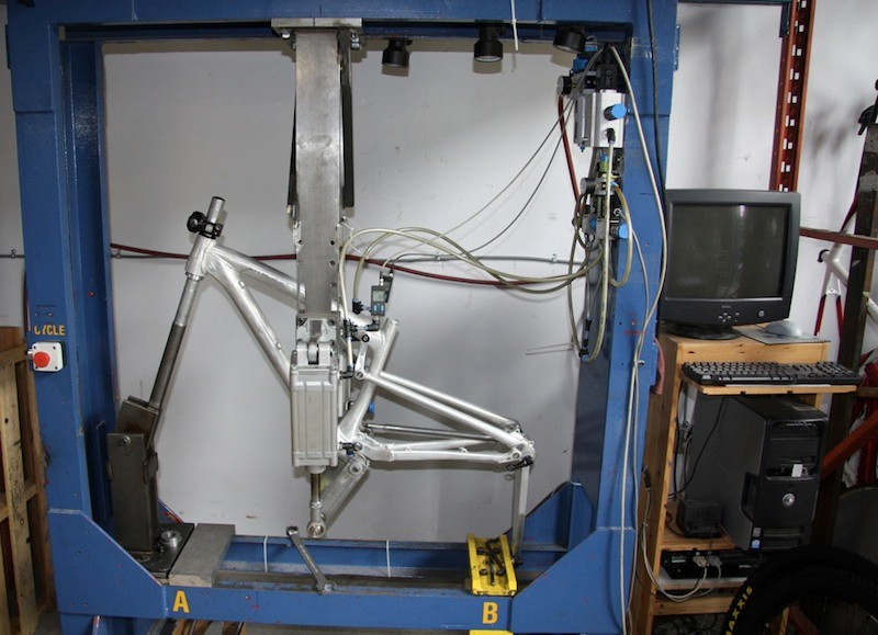 A Rocky Mountain frame undergoes fatigue testing