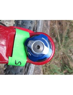Compression adjusters on the RockShox Lyrik Dual Position Air