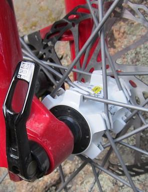 The Lyrik Dual Position Air comes with a Maxle Lite through-axle