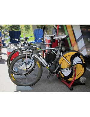 HTC-Highroad riders set out on their usual Specialized S-Works Shiv aero machines for the Vail time trial