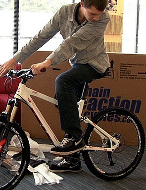 BikeRadar's Oli Woodman gets to grips with the new Vitus Escarpe