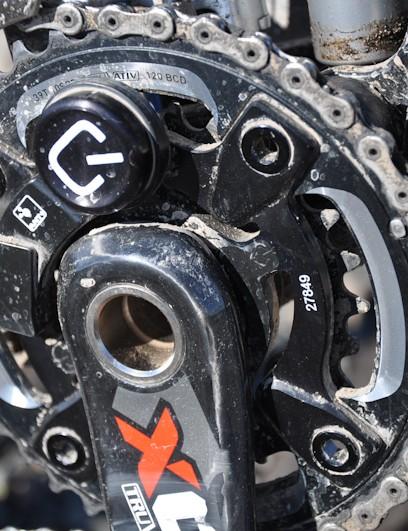 Strain gauges on the crank spider measure torque and angular velocity