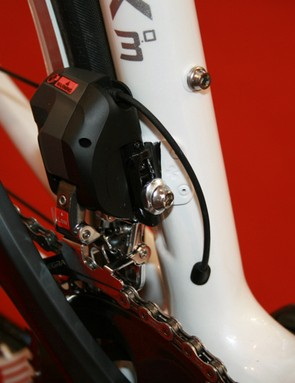 Shimano Ultegra Di2 front mech on Colnago's 2012 CLX 3.0