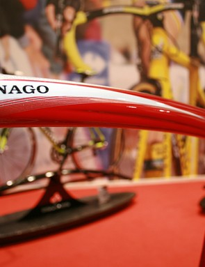 The rear brake cable is routed through the top tube on Colnago's CLX 3.0
