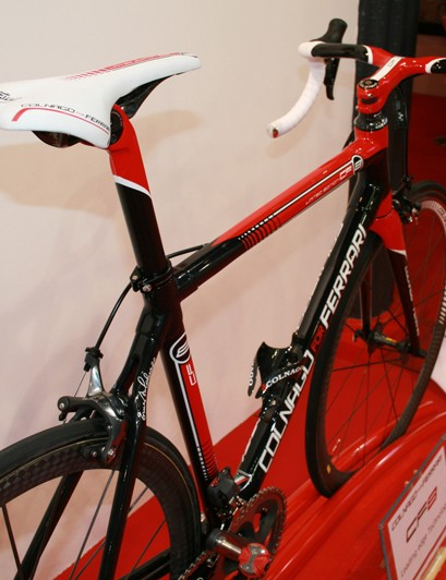 The Colnago for Ferrari CF8 comes with Shimano Dura-Ace Di2, with the battery hidden in the seat tube