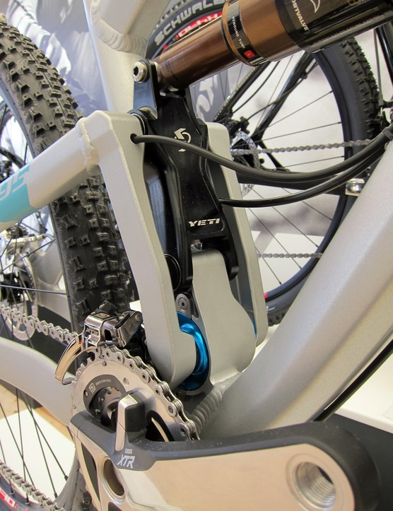 Moving the front derailleur to the chainstay has allowed Yeti to use twin uprights on the SB-95 rear end to help bolster the longer tubes relative to the SB-66