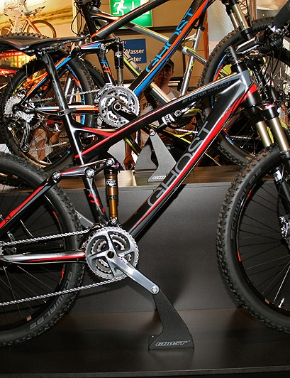 The Lector Pro Team sits at the top of Ghost's RT range, with a RockShox SID fork, Avid XX brakes and SRAM XX gearing
