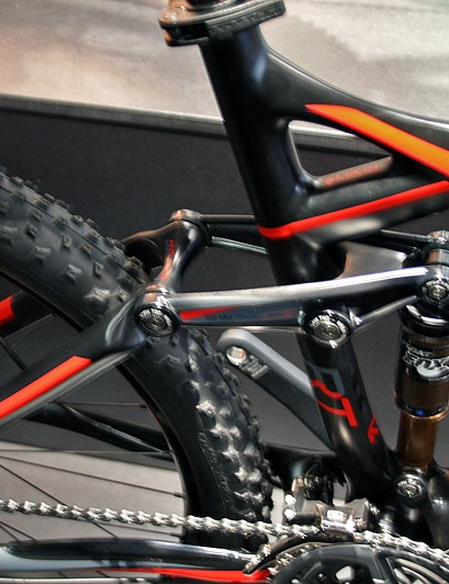 The 100mm-travel Ghost RT Lector Pro Team has a RockShox Monarch rear shock