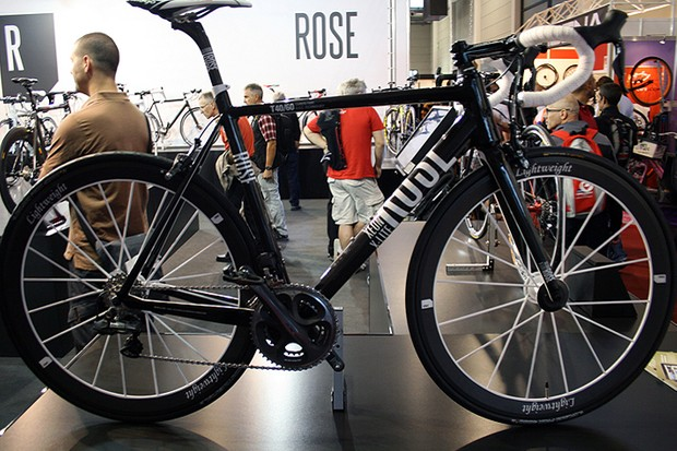 The carbon fibre X-Lite tops Rose's new Xeon range, with Shimano's Dura-Ace Di2 groupset and a 6.2kg overall package (frameset weight is a claimed 1,020g). All bikes in the Xeon range should reach dealers by the close of 2011