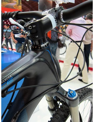 The front triangle shape on the Giant Trance X Advanced 2 is lifted from the flagship SL model