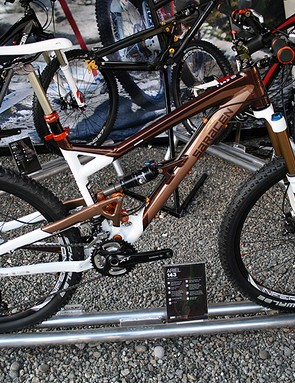 The 143 is the top-end bike in Saracen's 140mm-travel Ariel range