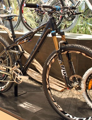 The AMS 120 SLT29 is Cube's long-travel 29er, with 120mm (5in) of bounce front and rear