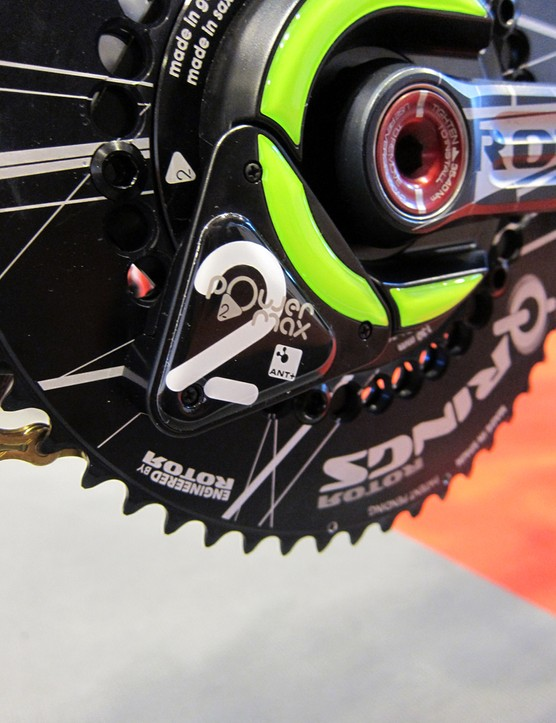 The power2max power meter features a user replaceable battery