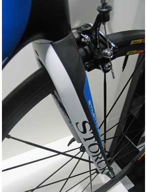 The Stiletto 340 fork for the Storck Absolutist is also new, and weighs 340g