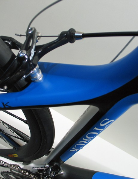 Proportional tubing features on the Storck Absolutist's rear end