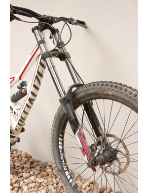 The RockShox Domain R fork required us to step down from medium to extra-soft springs to achieve the right sag