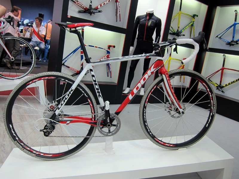 Look quietly showed off their new X-85 disc-only 'cross bike at this year's Eurobike show. Interested buyers won't be able to get one until the spring, however