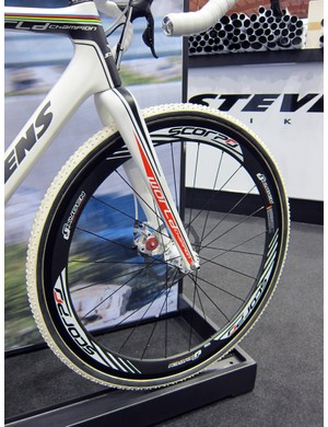 Stevens had special disc-specific carbon tubulars builts for their prototype 'cross rig