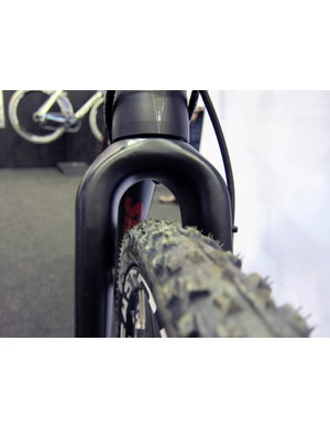 Mud clearance is one of the biggest potential advantages of a disc-only 'cross bike, as shown by this Stevens fork