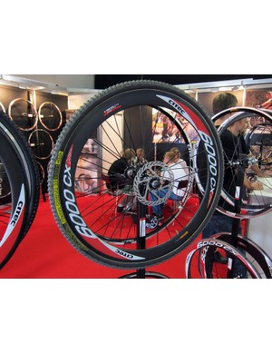 German wheel company Citec are already well ahead of the curve with this disc-compatible 6000CX carbon tubular
