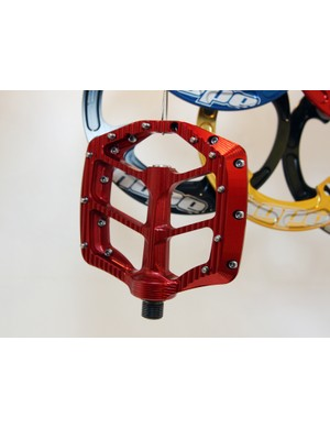 Hope's aluminum flat pedals are still in prototype form but they're looking good